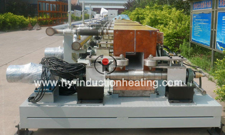 Billet heating furnace for continuous casting and rolling
