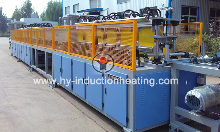 Heat treatment furnace for large pipe